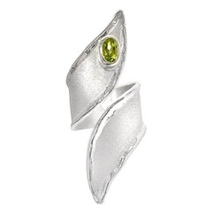 Yianni Creations Fine Silver Peridot and Palladium Long Band Adjustable Ring
