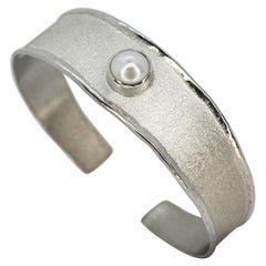 Yianni Creations Freshwater Pearl Fine Silver and Palladium Bangle Cuff Bracelet