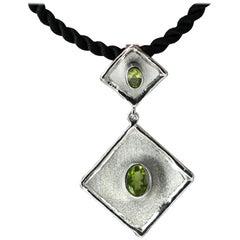 Yianni Creations Oval Peridot Fine Silver Handmade Long Drop Pendant Necklace