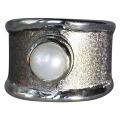 Yianni Creations Pearl Fine Silver and Black Rhodium Artisan Ring