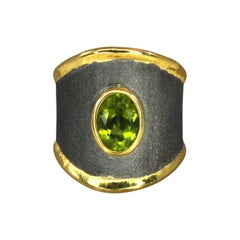 Yianni Creations Peridot Fine Silver Ring Finished with Rhodium and Pure Gold