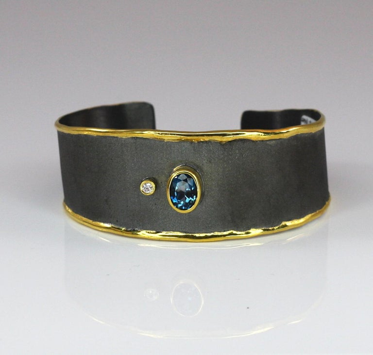Contemporary Yianni Creations Topaz Diamond Bracelet in Silver Black Rhodium and Pure Gold For Sale