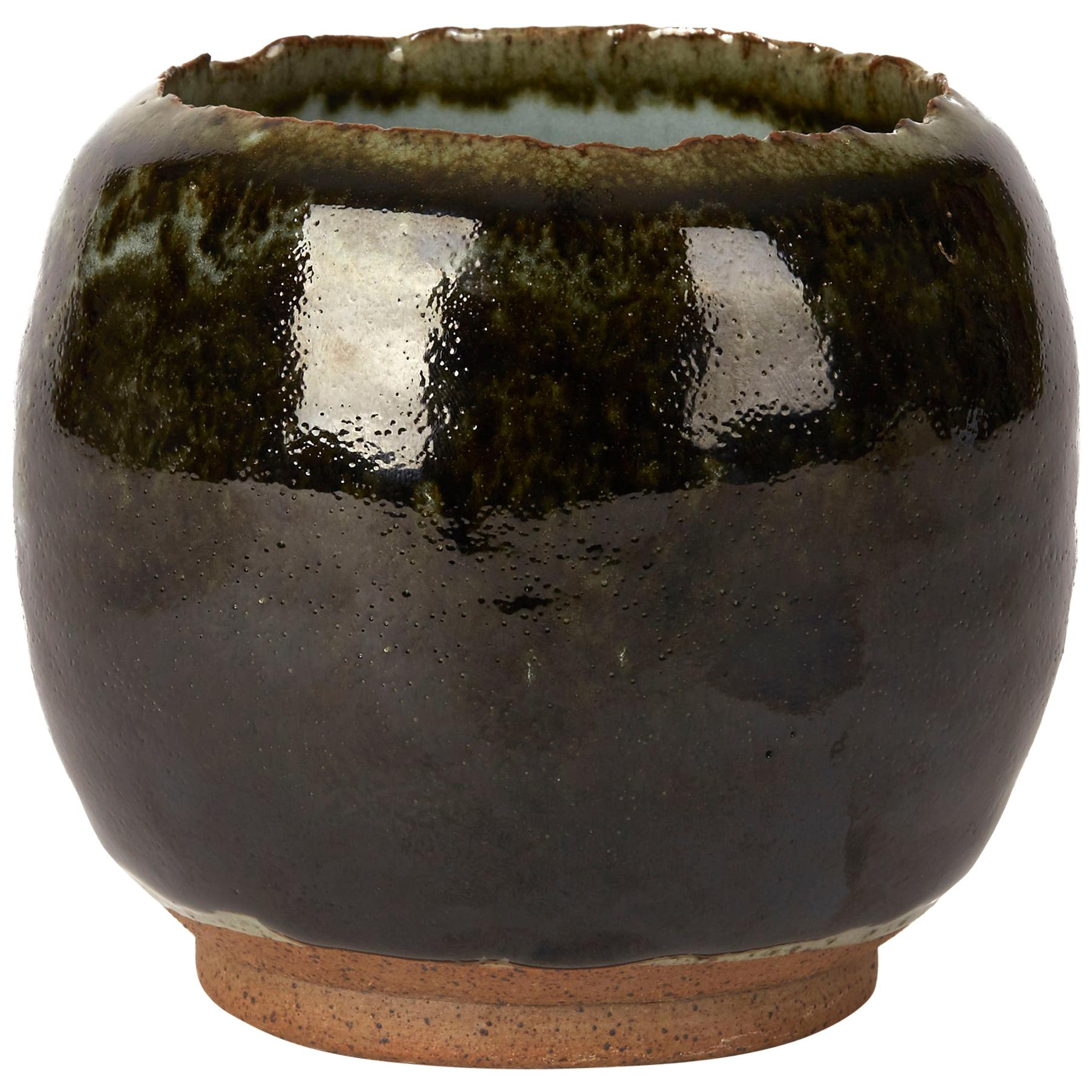 Ying Yeung Li Hand Thrown Studio Pottery Green Glazed Vase