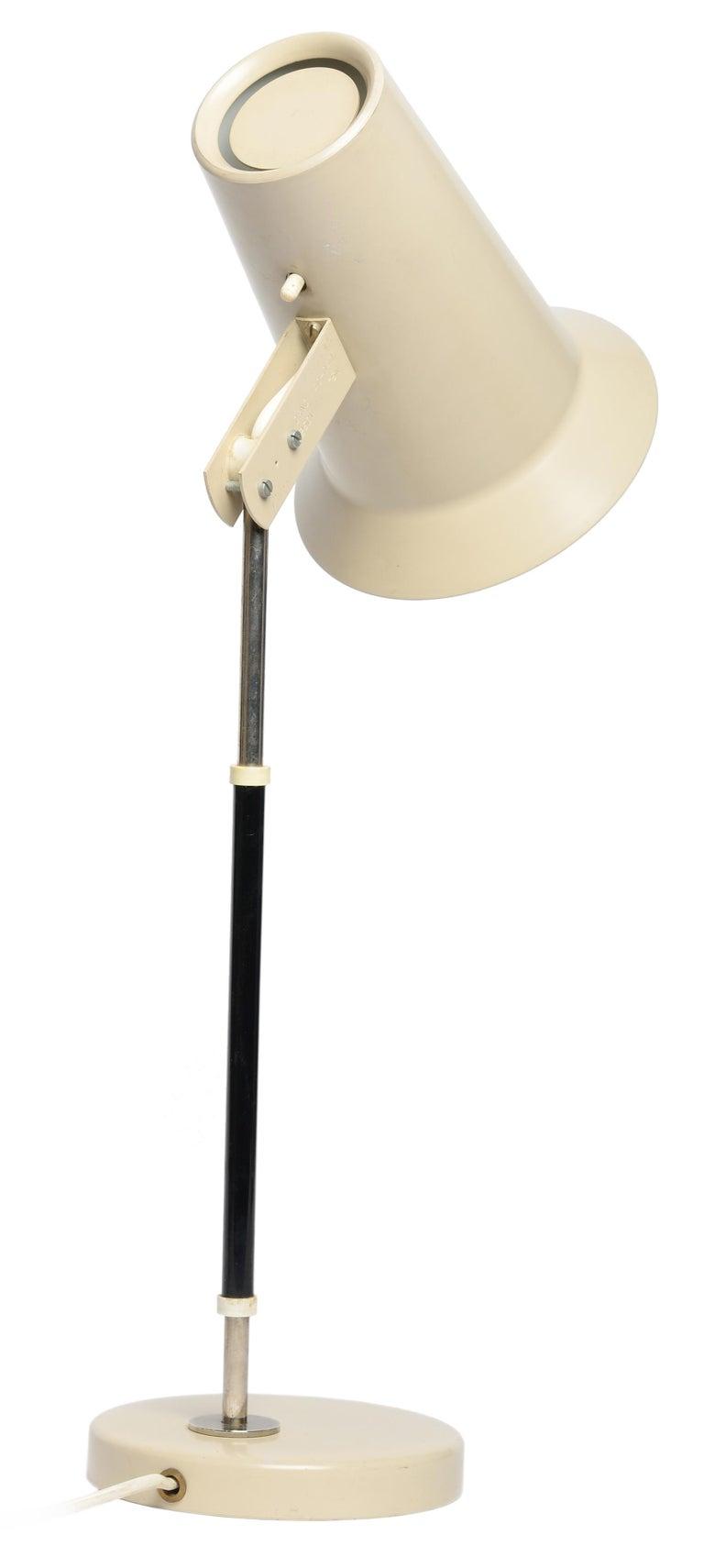 Mid-Century Modern Yki Nummi Table Lamp for Orno Finland For Sale