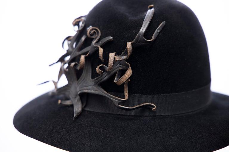 Yohji Yamamoto Pour Homme Black Wool Felt Appliquéd Leather Fedora, ca. 1990's For Sale 4