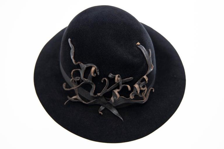 Yohji Yamamoto Pour Homme Black Wool Felt Appliquéd Leather Fedora, ca. 1990's For Sale 5