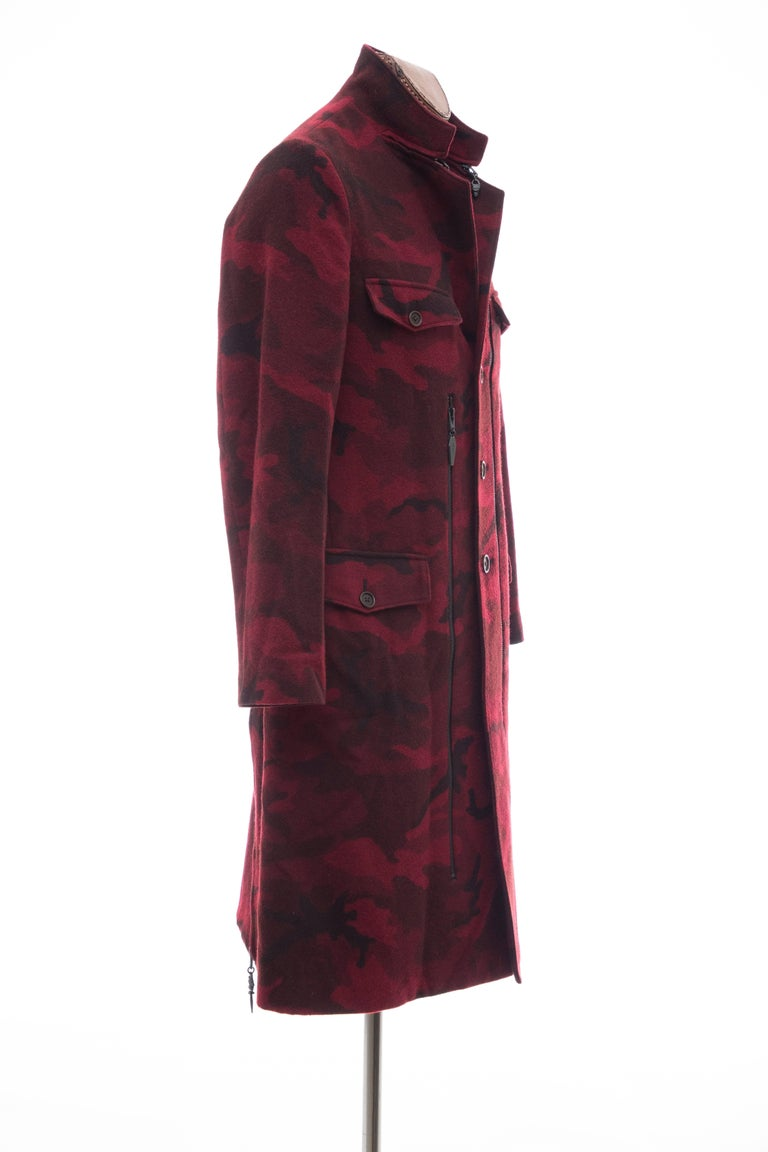 Yohji Yamamoto Pour Homme Wool Camouflage Chesterfield Coat, Fall 2014 In Excellent Condition For Sale In Cincinnati, OH