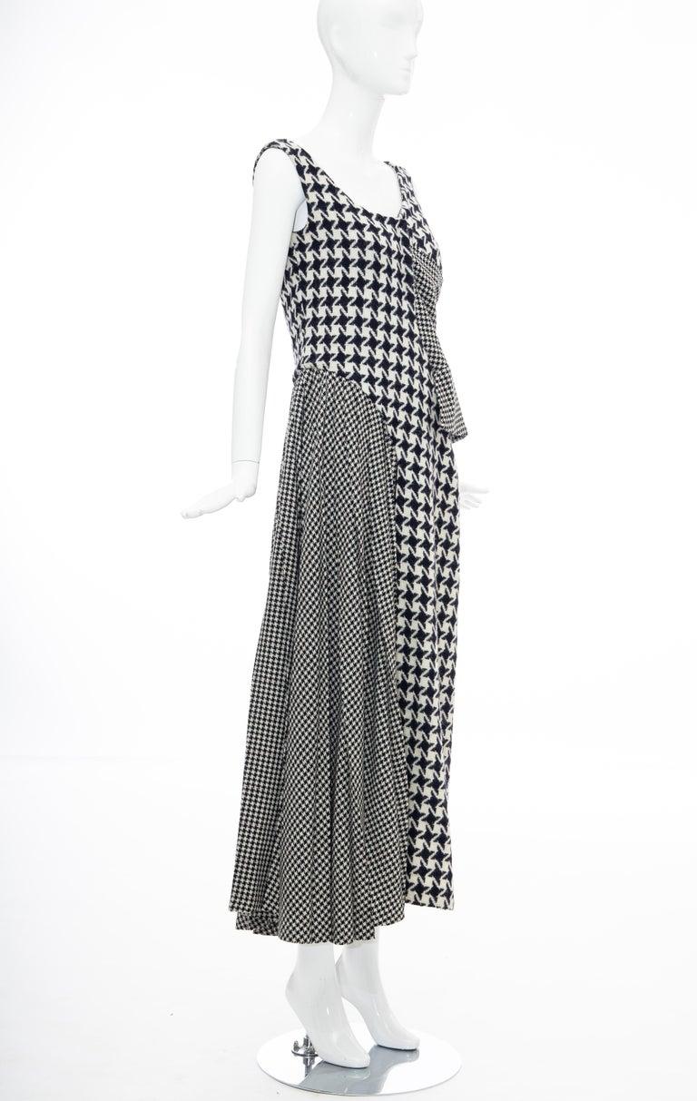 Yohji Yamamoto Runway Wool Navy Black Houndstooth Sleeveless Dress, Fall 2003 For Sale 3