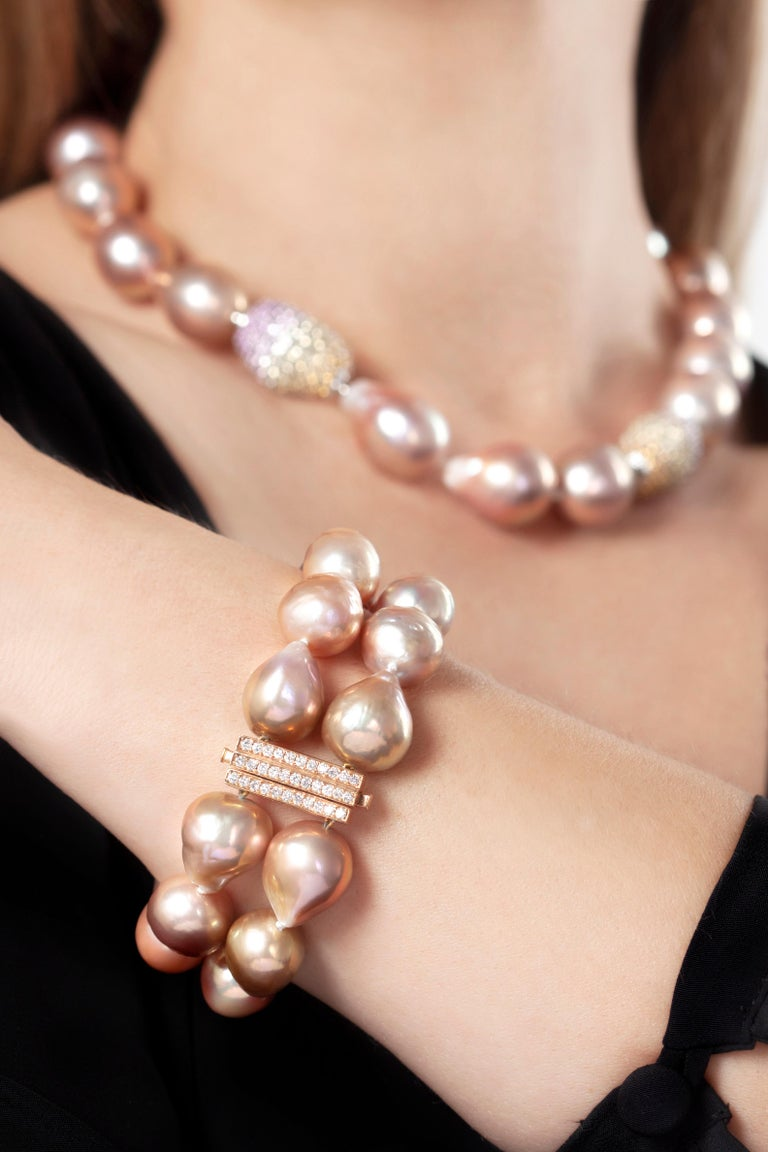 Modern Yoko London Baroque Freshwater Pearl and Diamond Bracelet in 18 Karat Rose Gold For Sale