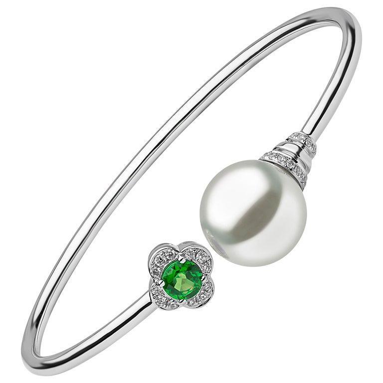 Yoko London Freshwater Pearl, Emerald and Diamond Bangle in 18 Karat White Gold For Sale