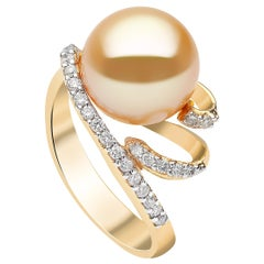 Yoko London Golden South Sea Pearl and Diamond Ring Set in 18 Karat Yellow Gold