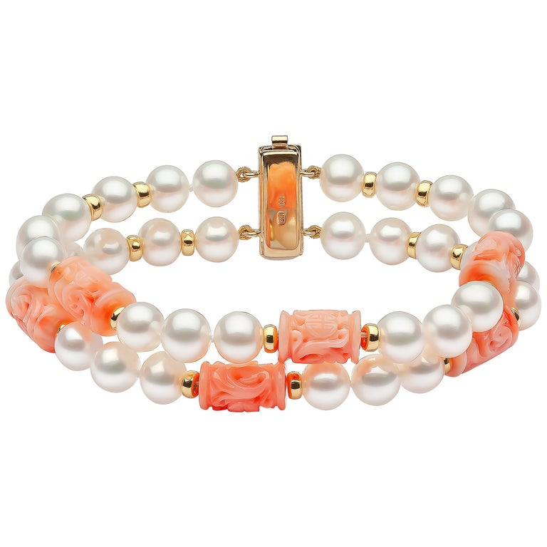 Yoko London Pearls Freshwater Pearl and Coral Bracelet in 18 Karat Yellow Gold For Sale