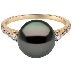 Yoko London Pearls Tahitian Pearl and Diamond Ring Set in 18 Karat Yellow Gold
