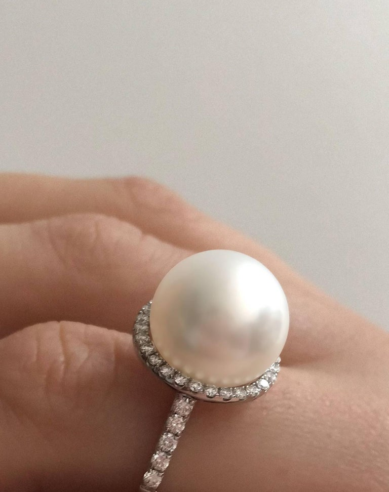 Created by Yoko London, this bold South Sea Pearl and Diamond Cluster Ring is a jewellery box essential.   Accentuated by a fringe of White Diamonds, this high quality South Sea Pearl has been hand selected for it's high lustre and smooth