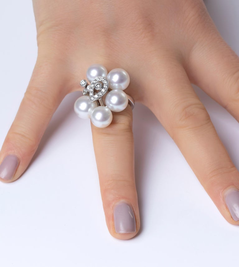 Round Cut Yoko London South Sea Pearls and Diamond Ring in 18 Karat White Gold For Sale