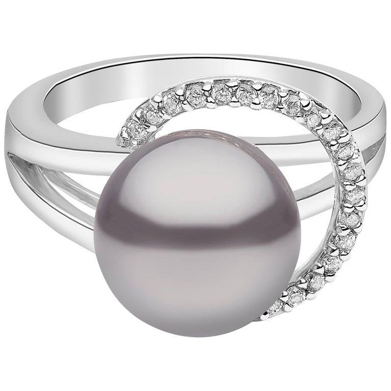 Yoko London Tahitian Pearl and Diamond Ring Set in 18 Karat White Gold For Sale