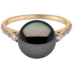 Yoko London Tahitian Pearl and Diamond Ring Set in 18 Karat Yellow Gold