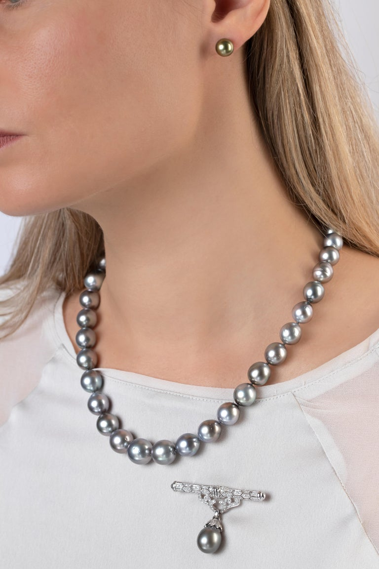 Round Cut Yoko London Tahitian Pearl Classic Necklace in 18K White Gold For Sale