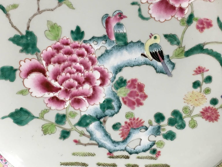 Enameled Yongzheng Chinese Export Style Famille Rose Large Charger, 20th Century For Sale