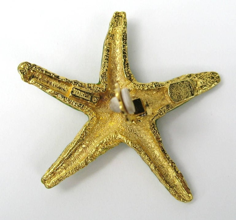Yosca Green Earrings enameled Starfish New, Never Worn - 1980s In New Condition For Sale In Wallkill, NY