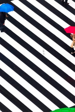 rain 031 – Yoshinori Mizutani, Colour, Photography, Structure, Street, People