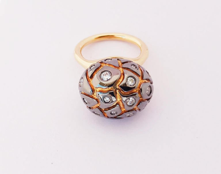 Women's You Grab Eyeballs Without Worrying Being Xeroxed with Diamond Cocktail Ring For Sale