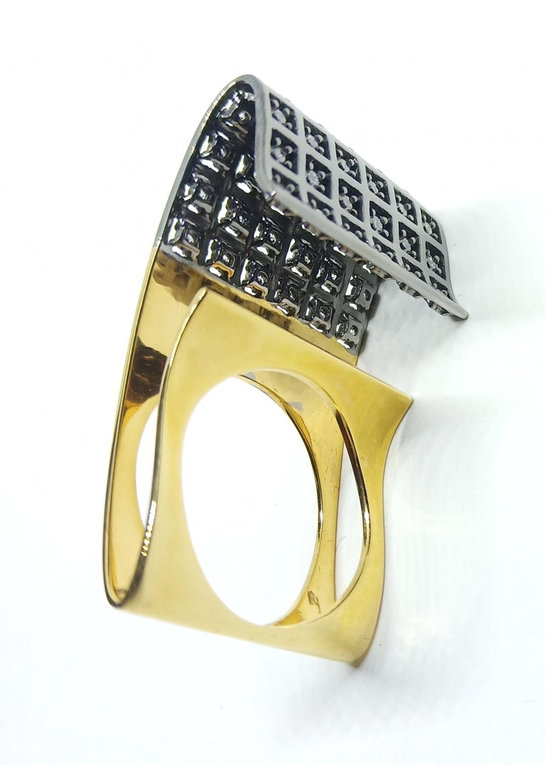 Exceptions Exult with Contemporary One of a Kind White Diamond Gold Fashion Ring For Sale 3