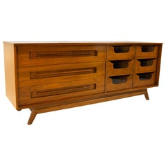 Young Manufacturing Mid Century 9-Drawer Lowboy Dresser