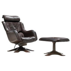 Yrjo Kukkapuro Karuselli Chair and Ottoman