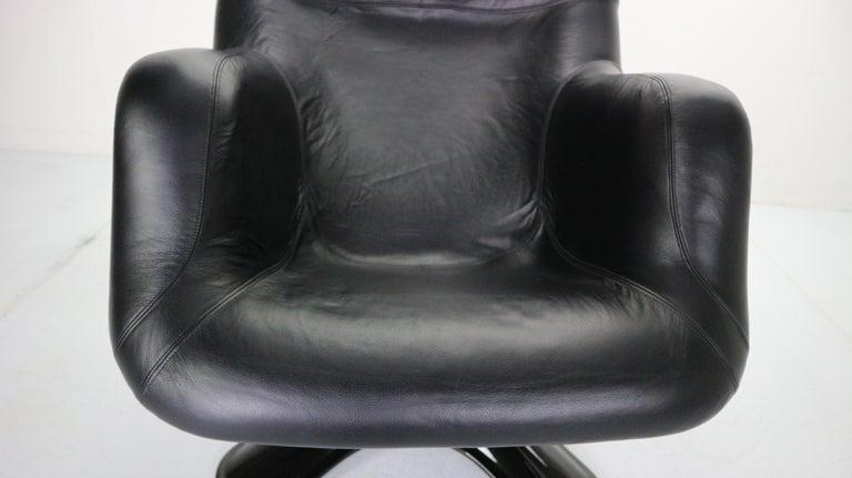 Yrjö Kukkapuro 'Karuselli' Lounge Chair in Black Leather for Haimi, 1960s For Sale 11