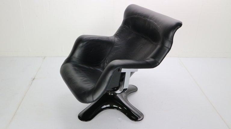 Mid-20th Century Yrjö Kukkapuro 'Karuselli' Lounge Chair in Black Leather for Haimi, 1960s For Sale