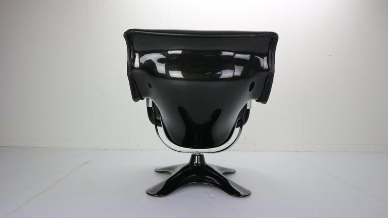 Yrjö Kukkapuro 'Karuselli' Lounge Chair in Black Leather for Haimi, 1960s For Sale 3