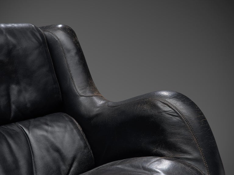 Yrjo Kukkapuro 'Karuselli' Lounge Chair in Black Patinated Leather In Good Condition For Sale In Waalwijk, NL