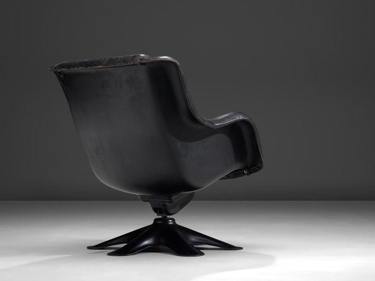 Mid-20th Century Yrjo Kukkapuro 'Karuselli' Lounge Chair in Black Patinated Leather For Sale