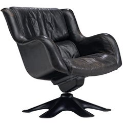 Yrjo Kukkapuro 'Karuselli' Lounge Chair in Black Patinated Leather