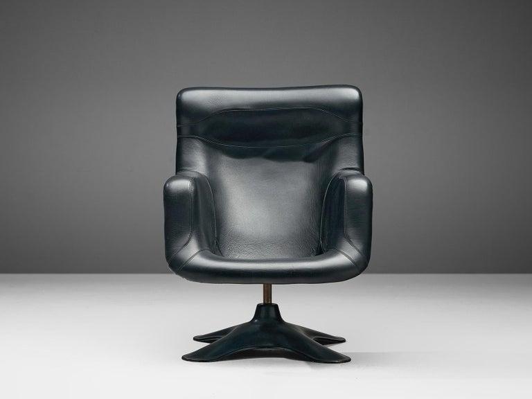 Yrjö Kukkapuro Lounge Chair Model 'Karuselli' Black Leather For Sale 4