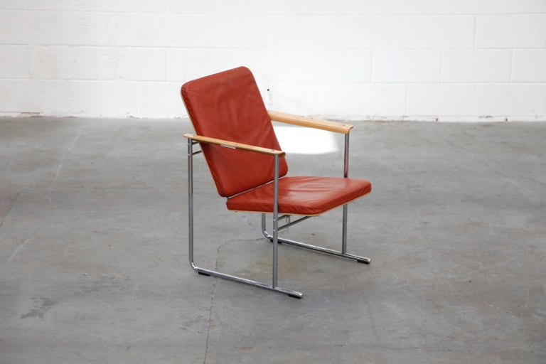Late 20th Century Yrjö Kukkapuro 'Skaala' Leather Lounge Chairs for Avarte, Finland, 1970s For Sale
