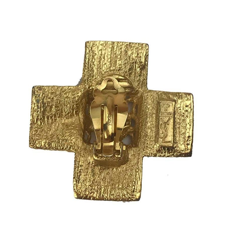 Women's YSL Vintage Cross Clip-on Earrings in Gilt Metal and Red Molten Glass For Sale