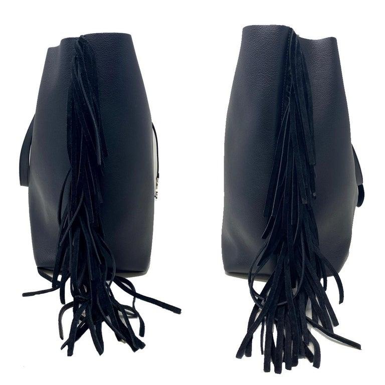 Women's or Men's YSL Yves Saint Laurent Fringe Black Leather Tote Handbag For Sale