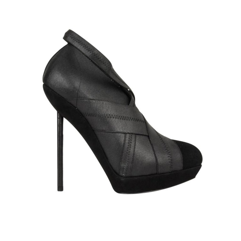 9fe8e248a4e YSL Yves Saint Laurent Shoe Platform Bandage and Suede Stiletto Shootie 39  / 9 In Excellent