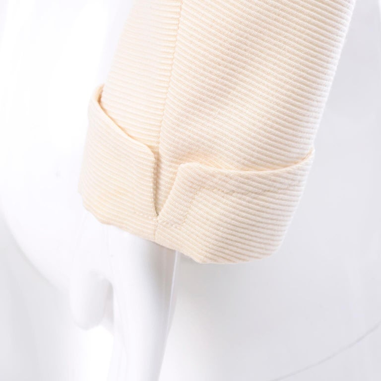 YSL Yves Saint Laurent Vintage Cream Open Front Cropped Jacket or Blazer For Sale 3