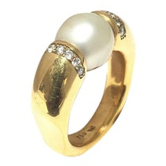 Yvel Pearl and Diamond Ladies Ring R20GOSSY