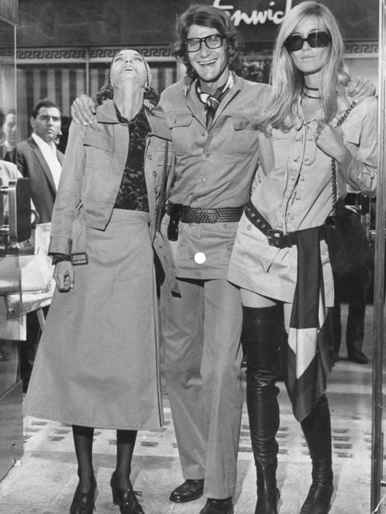 Yves Saint Laurent 1969 collection safari suit as seen on Loulou de la Falaise For Sale 3