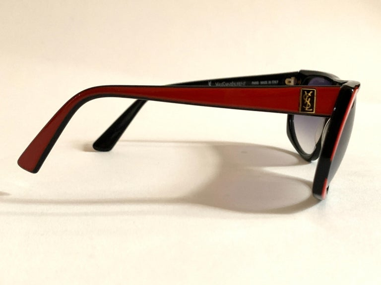 Yves Saint Laurent 1980s Black and Red Vintage Sunglasses YSL Logo Museum Piece For Sale 1