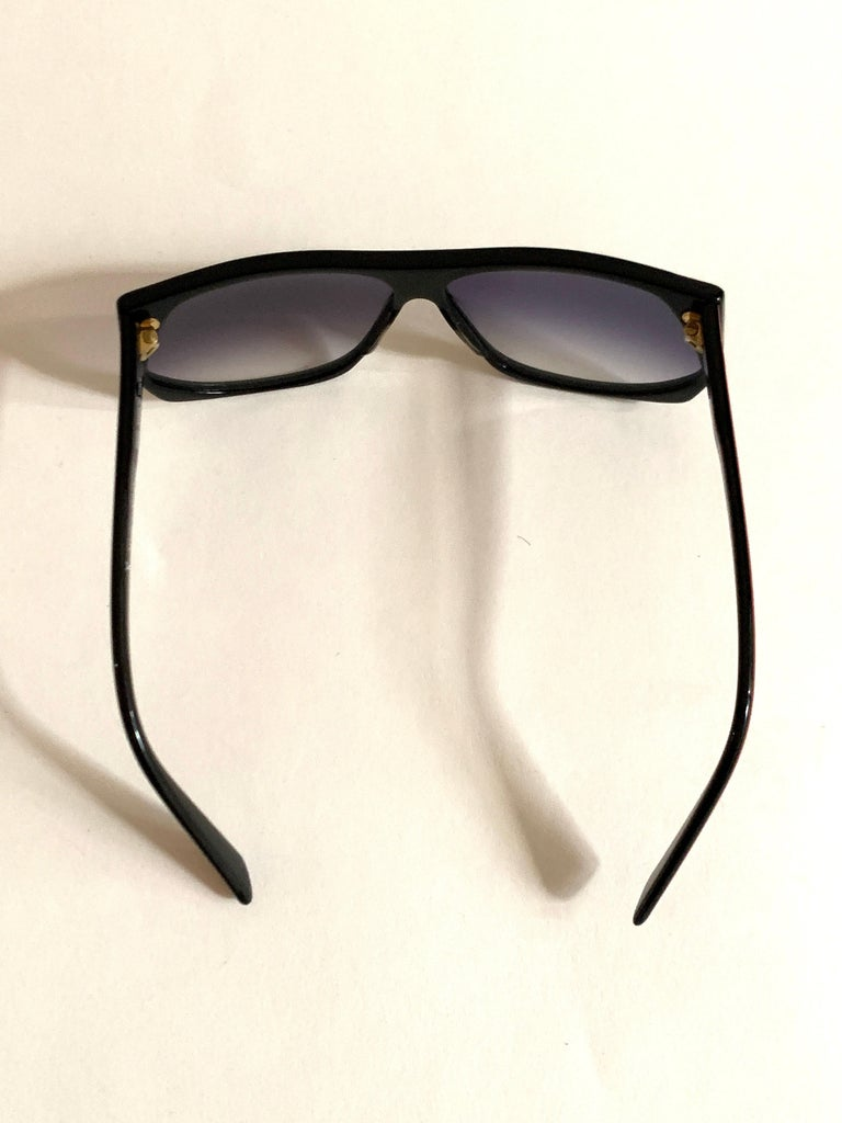Yves Saint Laurent 1980s Black and Red Vintage Sunglasses YSL Logo Museum Piece For Sale 4