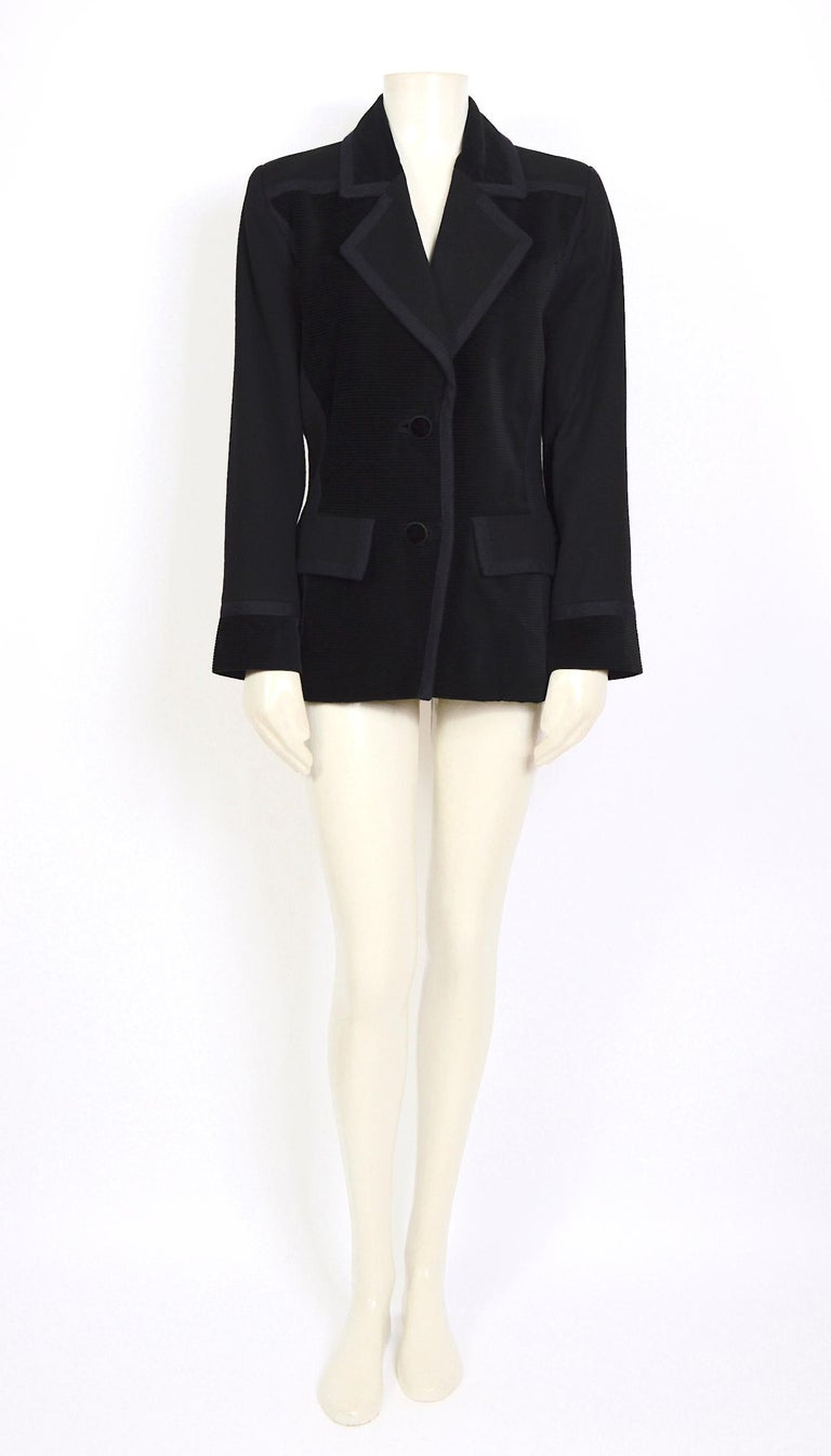 Black Yves Saint Laurent 1980s vintage black wool and velvet jacket For Sale