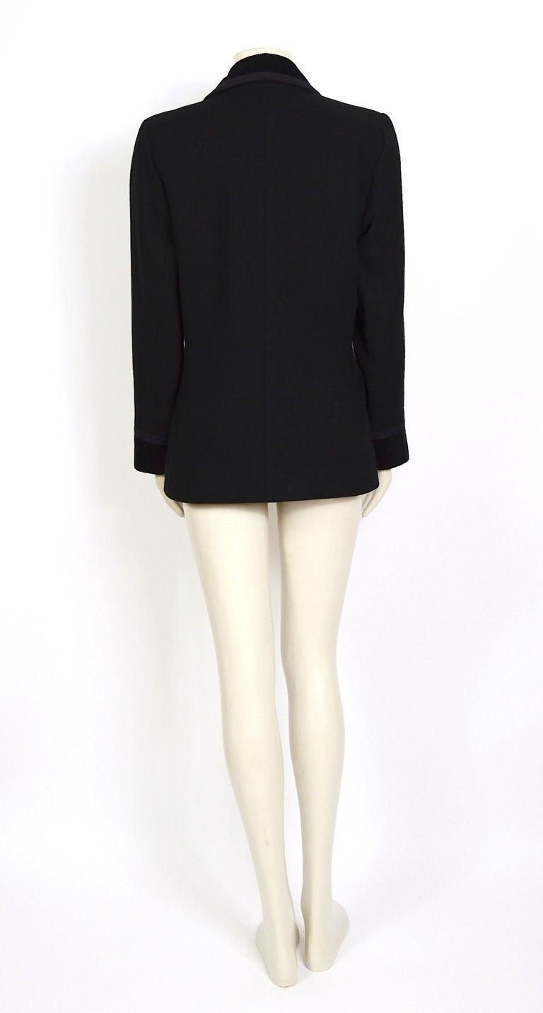 Women's Yves Saint Laurent 1980s vintage black wool and velvet jacket For Sale