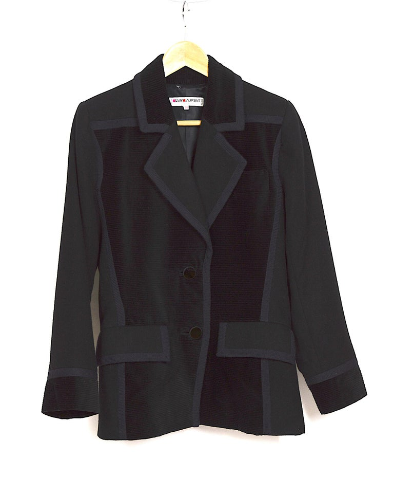 Yves Saint Laurent 1980s vintage black wool and velvet jacket For Sale 1