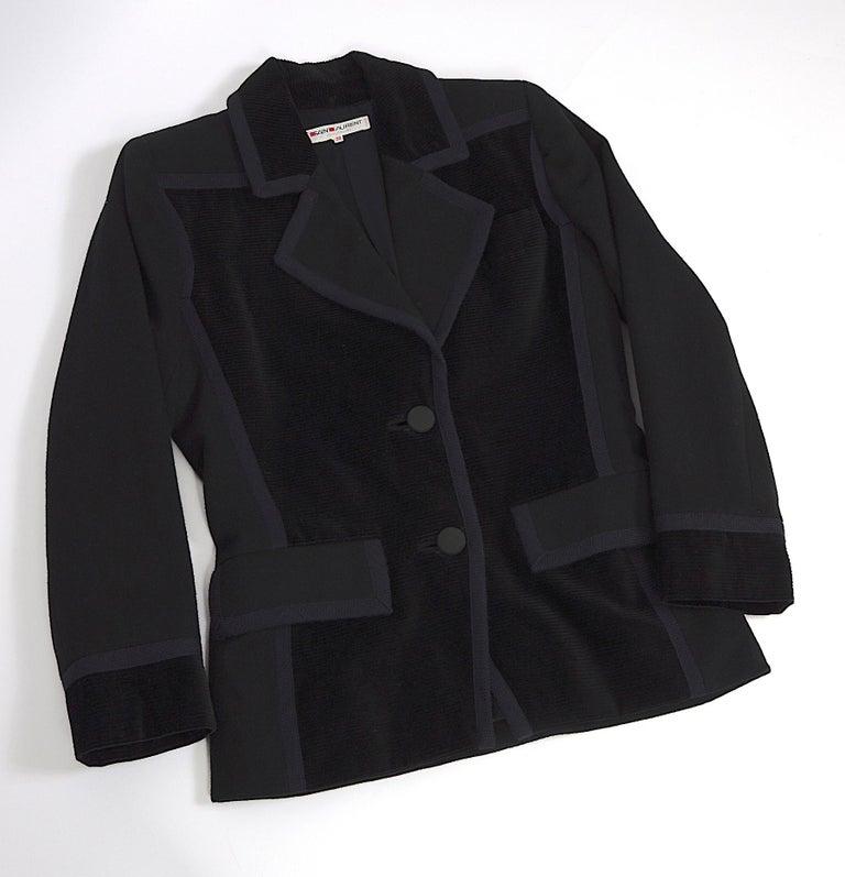 Yves Saint Laurent 1980s vintage black wool and velvet jacket For Sale 3