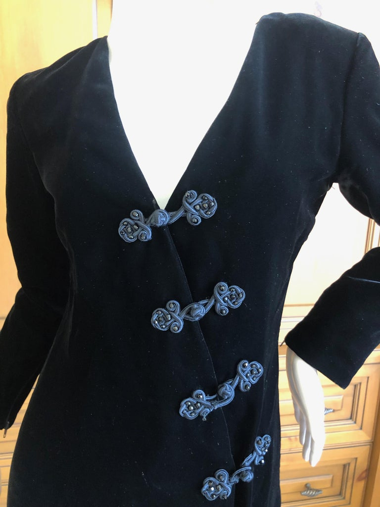 Yves Saint Laurent 70's Rive Gauche Velvet Dress w Diagonal Frog Closure In Excellent Condition For Sale In San Francisco, CA